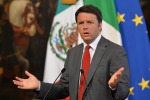 """Vertice a Palazzo Chigi sull'immigrazione, Renzi: """"Ci vuole condivisione, accogliere solo i rifugiati"""""""