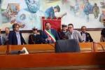 Gela, il neo-sindaco Messinese si è insediato: il video della cerimonia