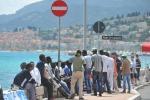 Migranti fermi al confine tra Italia e Francia