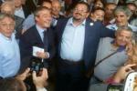 Verso i ballottaggi, a Gela patto grillini-Ncd? Scoppia la polemica dopo un abbraccio