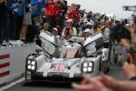 La Porsche torna a riscrivere la storia di Le Mans, vittoria dopo 17 anni