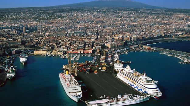 porto, Catania, Economia
