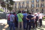 Servizio antincendio in ritardo, la protesta dei forestali a Palermo - Video