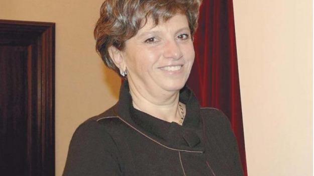 dimissioni assessore, regione, Giovanni Pistorio, Nino Caleca, Rosaria Barresi, Sicilia, Archivio