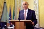 Curreri: «Senza patria ma non senza diritti, bisogna rivedere i trattati europei»