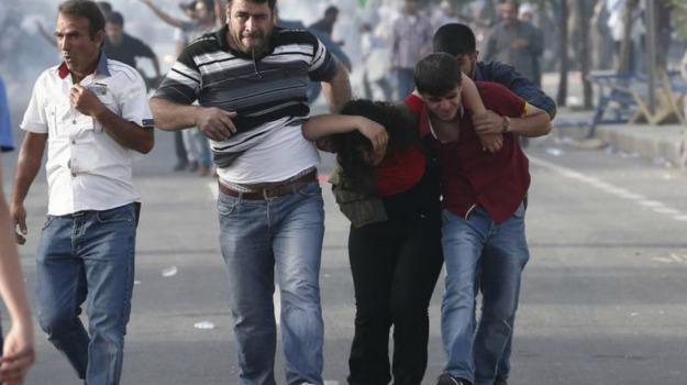 comizi, esplosioni, feriti, Turchia, vittime, Sicilia, Mondo