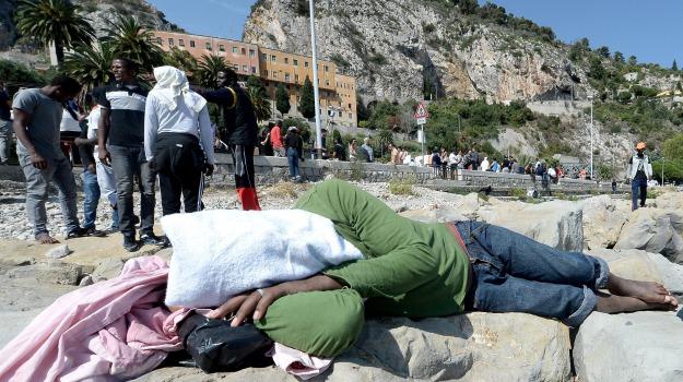 migranti ventimiglia, sgombero migranti, Sicilia, Cronaca