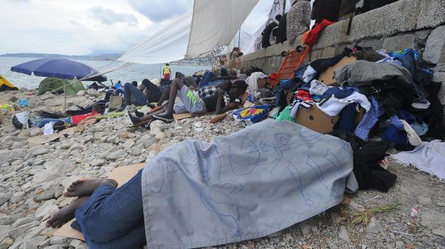 immigrazione, migranti, Sicilia, Migranti e orrori