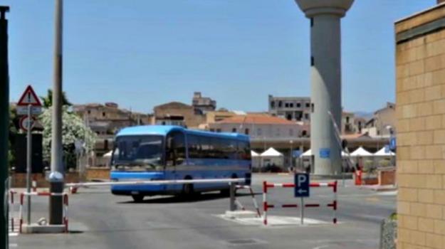 bus, pullman, tar, trapani, Via Ammiraglio Staiti, Trapani, Cronaca