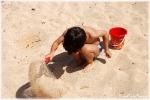 """In spiaggia con i bimbi, ecco il """"kit"""" di primo soccorso"""