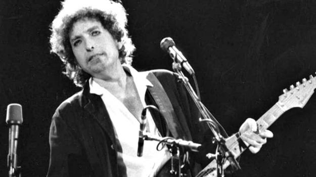 Bob Dylan, Sicilia, Società