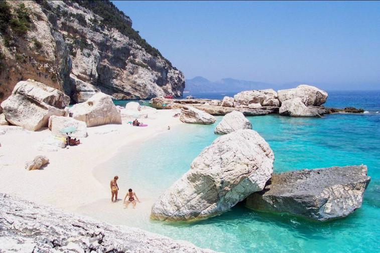 ecco le 15 spiagge più belle d'italia: sicilia portabandiera con ben