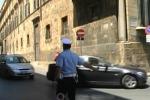Palermo, Cassaro aperto a motocarrozzette e «gnuri»