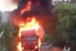 Camion in fiamme sulla strada alternativa che collega Palermo e Catania: traffico in tilt