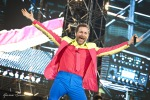 "Jovanotti in Sicilia con la sua ""colorata tribù"": concerto ad Acireale - Video"