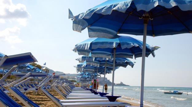lidi balneari, plastic free, Palermo, Economia