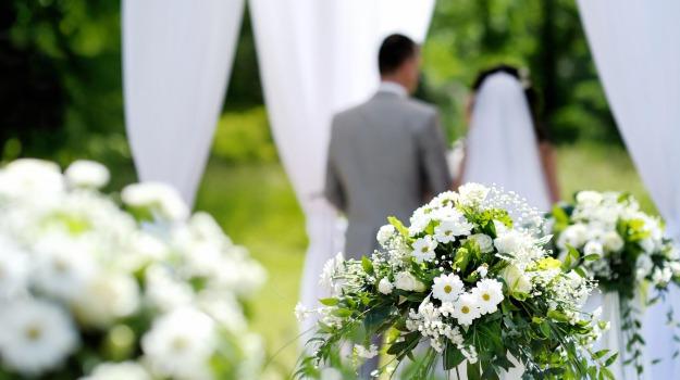 cerimonia, nozze, Sicilia, Domani in Edicola