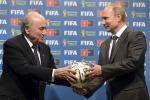 "Calcio, Putin: ""Blatter merita il premio Nobel"""