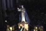 Festino, la Santuzza sfila lungo il Cassaro