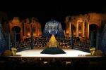Nuova scenografia al Teatro Antico di Taormina: l'orchestra diventa protagonista sul palco - Foto