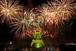 Presa della Bastiglia, Torre Eiffel a festa - Foto