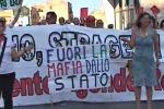 """Borsellino, presidio delle """"Agende rosse"""" al Palazzo di giustizia di Palermo"""
