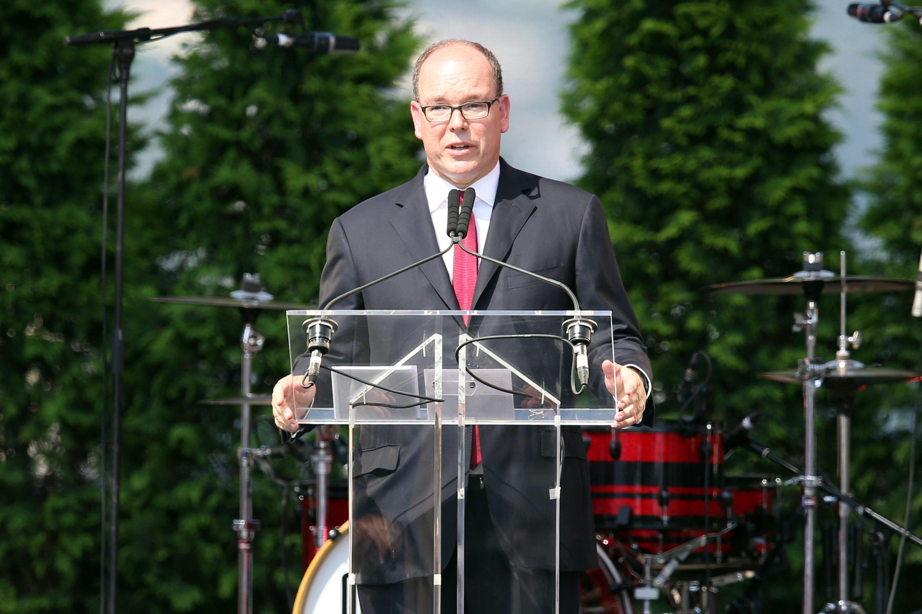 396f1922a848 Il principe Alberto di Monaco diventa cittadino onorario di Noto ...