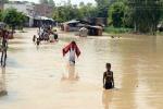 Paura in Kashmir, forti piogge e temporali: morti due ragazzini
