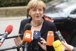 """Grecia, l'accordo sembra più vicino ma Angela Merkel frena: """"Non a qualunque costo"""""""