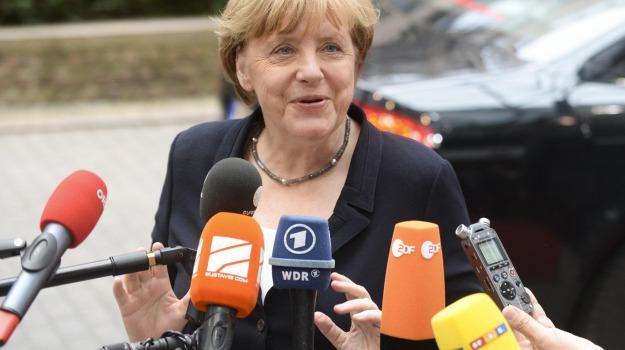 Alexis Tsipras, Angela Merkel, Sicilia, Mondo
