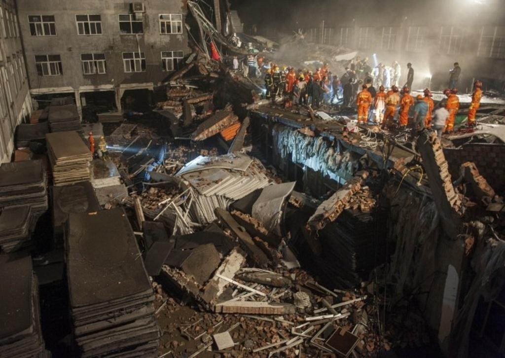 the best attitude 5bfab ceeb2 Tragedia in Cina, crolla una fabbrica di scarpe: 13 vittime ...