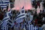 """Referendum, la Grecia ha detto """"No"""" Vittoria con oltre il 60%, festa in strada"""