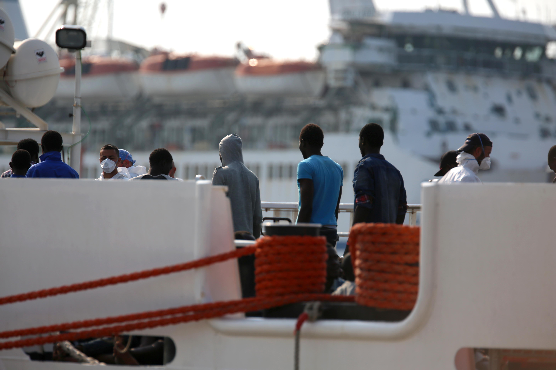 Sbarco a palermo sono nove gli scafisti fermati giornale di sicilia