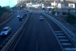 Scontro in autostrada a Capaci con 3 feriti Auto si cappotta: l'incidente in diretta - Video
