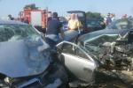 Scontro frontale tra due auto, muore un pensionato di Gela: tre feriti - Foto