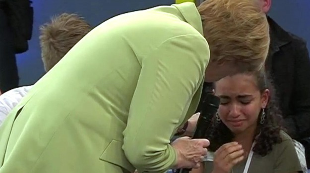 germania, immigrazione, permesso di soggiorno, ragazza palestinese, Angela Merkel, Sicilia, Mondo