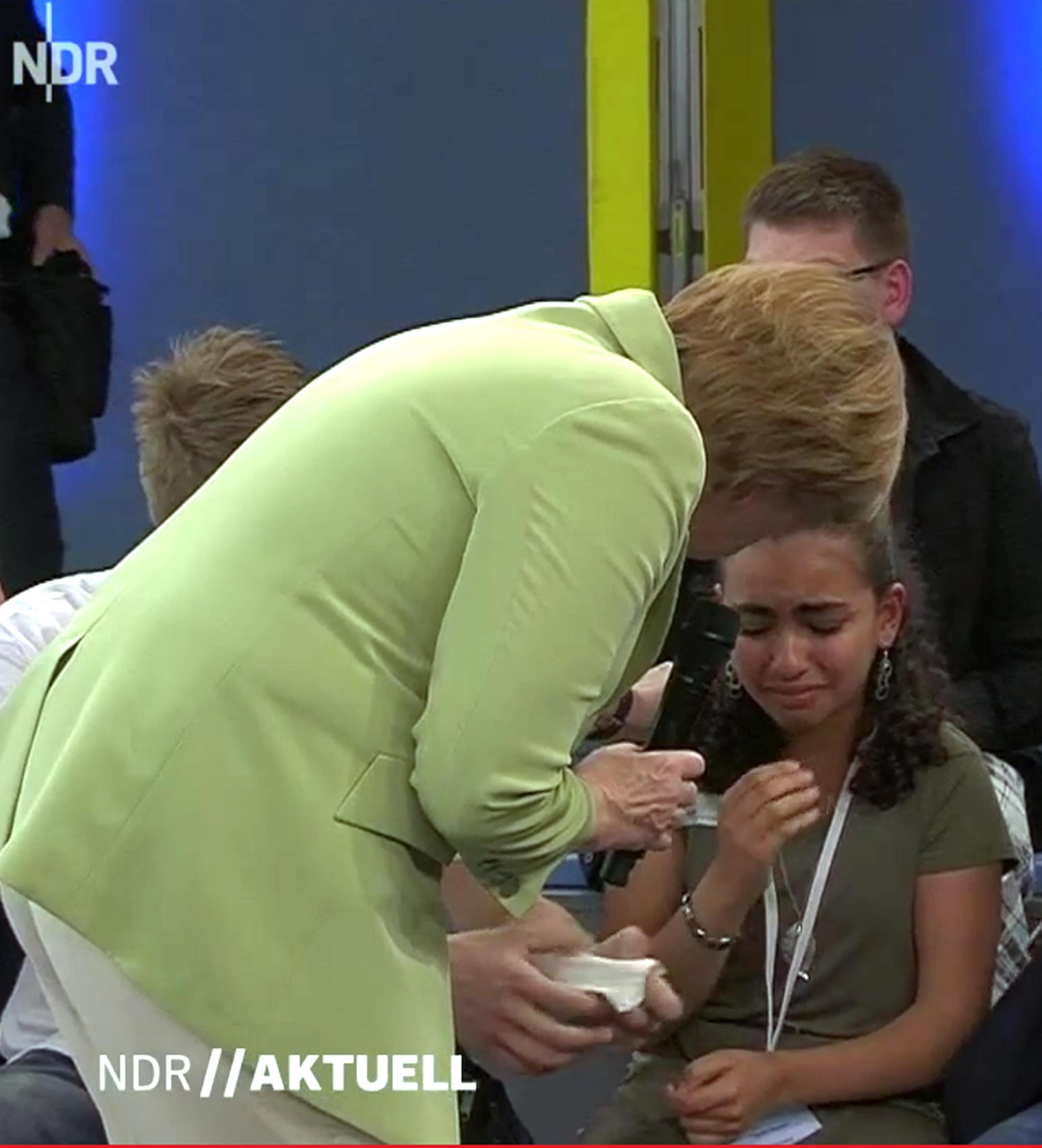 Reem, la ragazza palestinese in lacrime dopo il no della ...