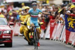 Arrivo in salita e in solitaria Nibali vince la tappa a La Toussuire