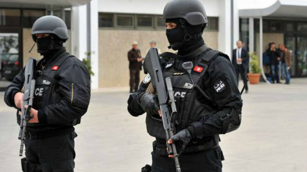 arresti, terrorismo, Tunisi, Sicilia, Mondo