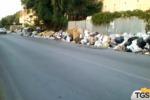 Tonnellate di spazzatura per strada: è emergenza rifiuti a Messina