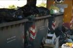 Agrigento, netturbini da 2 mesi senza lavoro continuano la protesta