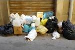 Raccolta a singhiozzo a Gela, la città invasa dai rifiuti - Video