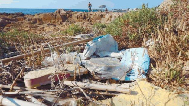 mare, rifiuti, Sicilia, Palermo, Archivio