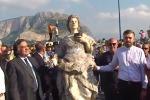 Palermo, la Santuzza sbarca a Mondello tra emozione e feste - Video