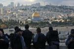 Scontri tra attivisti palestinesi e polizia israeliana a Gerusalemme