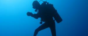 Sub disperso in mare al largo di Acitrezza, ricerche in corso