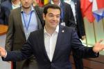 """Grecia, Tsipras all'Europarlamento: """"Soldi serviti alle banche, mai arrivati al popolo"""""""