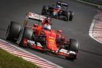 La Ferrari torna a vincere in Ungheria: trionfa Vettel, Mercedes ferme per problemi tecnici