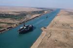 Canale di Suez, con l'ampliamento una maxi medusa da 50 chili