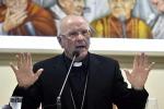 La polemica sul burkini vietato, monsignor Galantino: quel costume non può farci paura